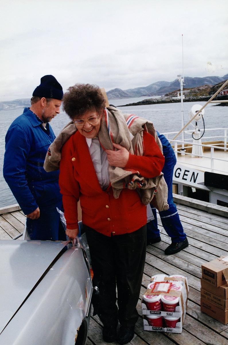 omdeling, landposttjeneste, Skjervøy, Yttervåg, poststyrer, båt, postsekk