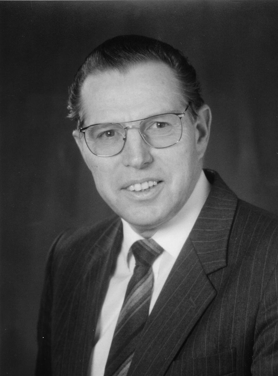 postsjef, Stødle Toralf, portrett