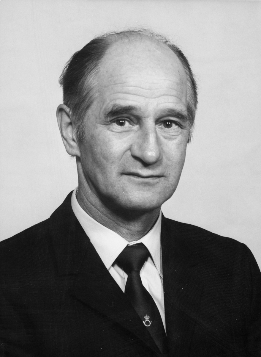 postmester, Elvevold Einar, portrett