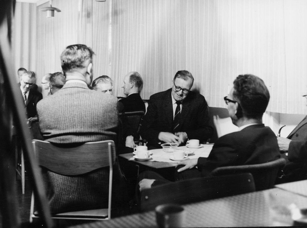 postskolen, Skiphelle, administrasjonskurs, 1962, menn, interiør