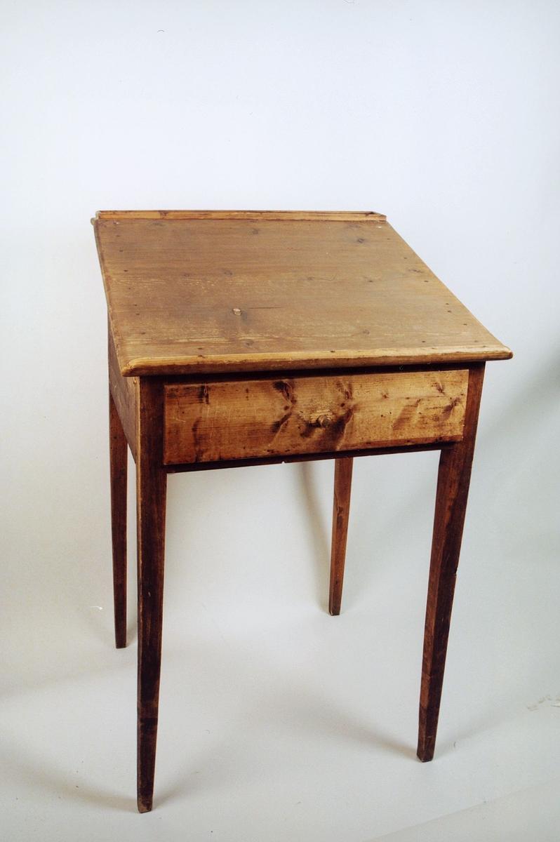 postmuseet, gjenstander, bord, skrivebord, skrivepult