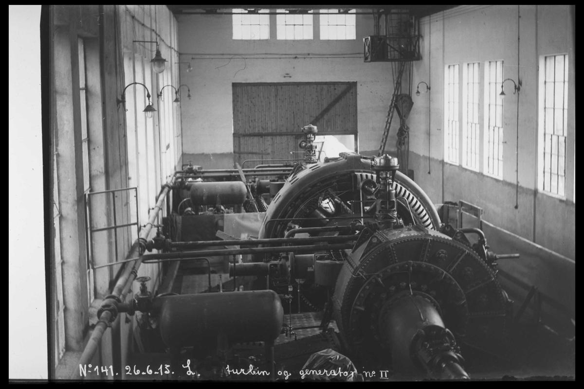 Arendal Fossekompani i begynnelsen av 1900-tallet CD merket 0010, Bilde: 6 Sted: Bøylefoss kraftstasjon i 1915 Beskrivelse: Maskinsal