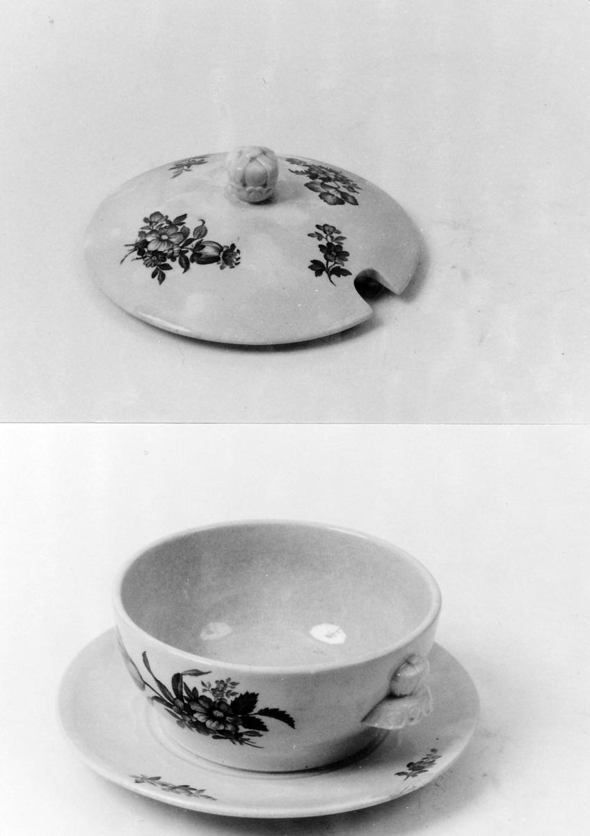 Blomster, buketter, svakt plastisk, tunget bord