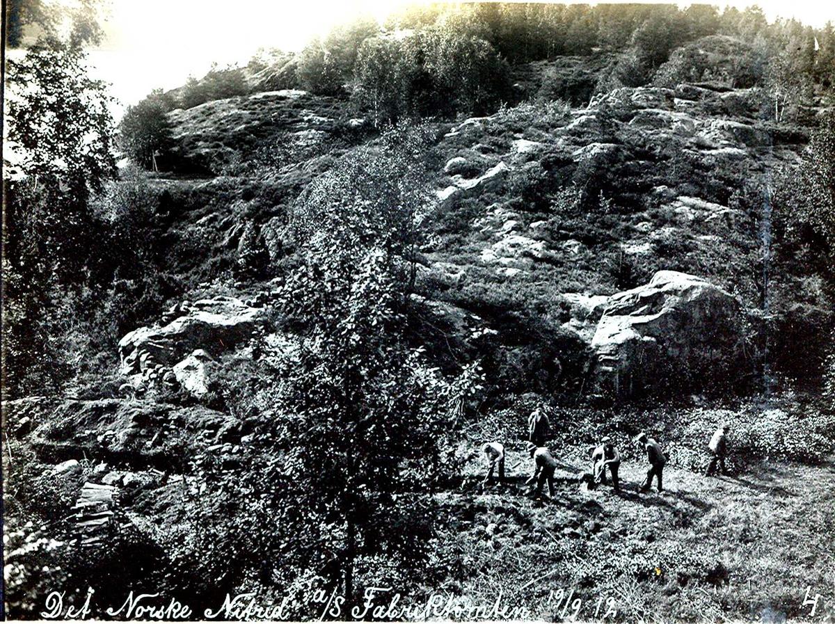"""""""18/09-1912"""" Nitriden. Utgraving av fabrikktomten, med handmakt!"""