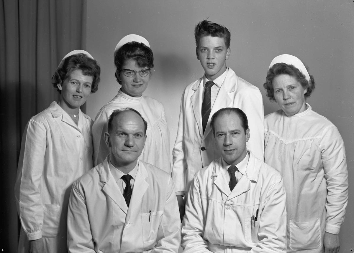 Samvirkelaget, Eidsvoll 1964.  Foran fra v.: Fridtjof Solberg, Johan Bjørnsen (bestyrer).