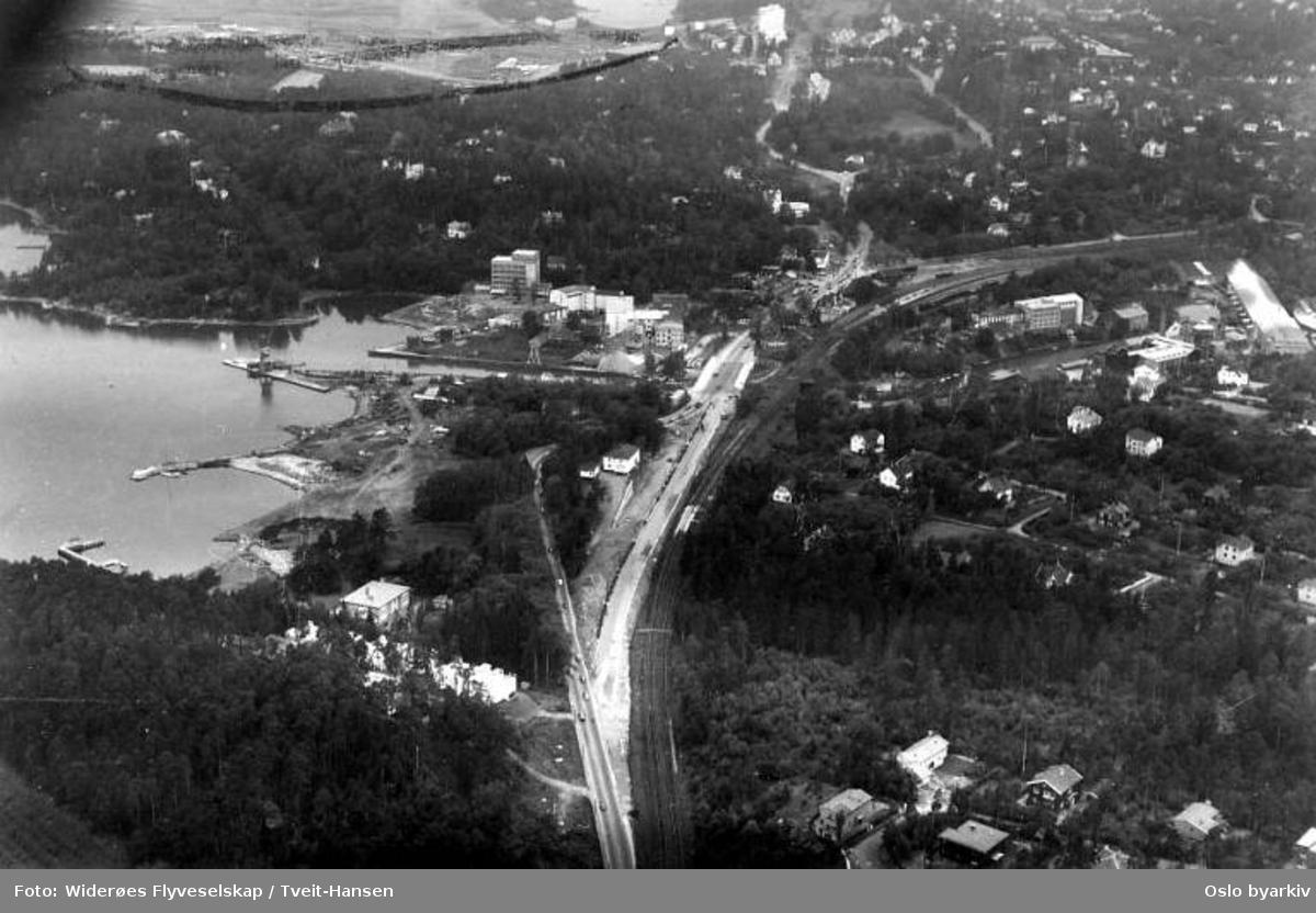 Lysaker, Drammensveien, Sollerudstranda, Lilleakerveien (Flyfoto)