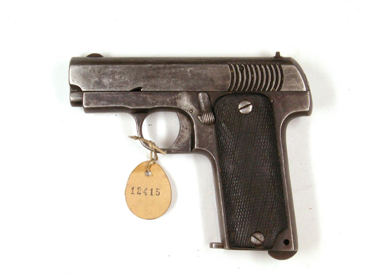 Pistol 7,65 mm Precision