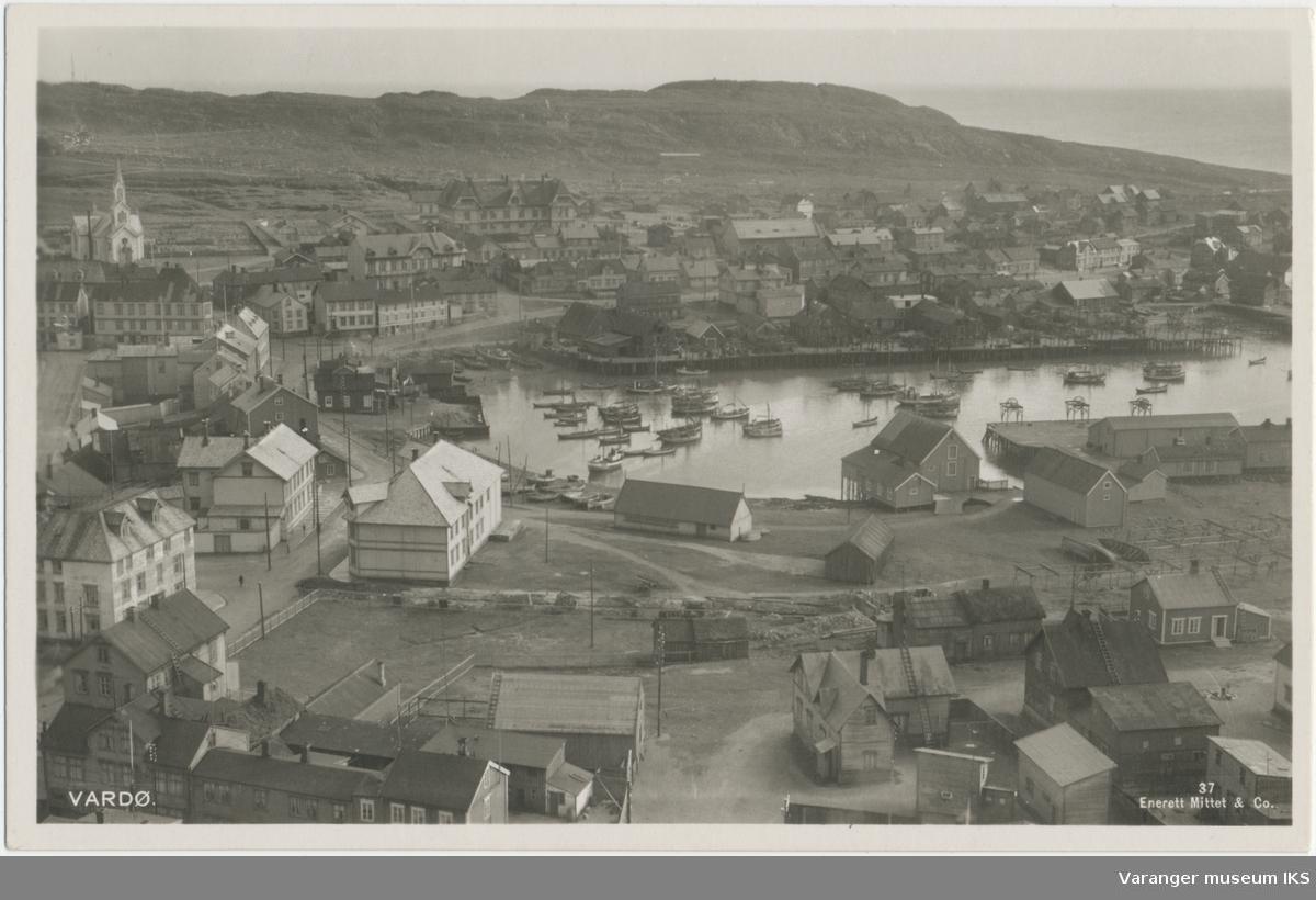 Postkort, Valen og Søndre Våg sett fra radiomastene, ca. 1930