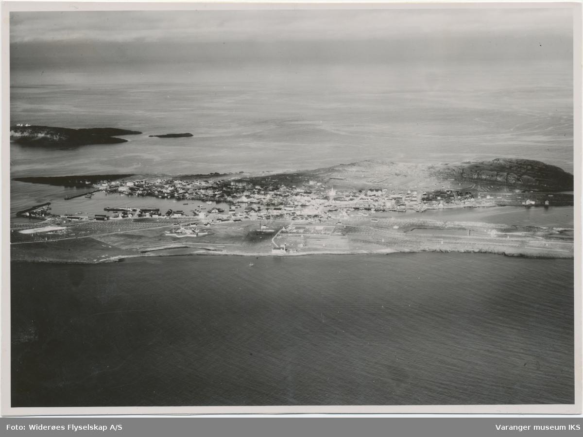 Flyfoto av Vardø sett mot øst, 1936