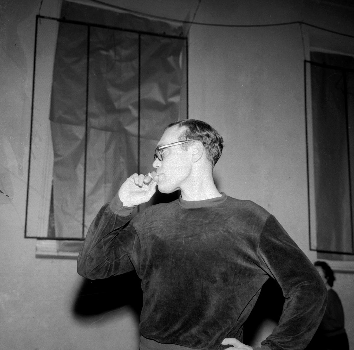 HÅNDBALLTRENER JOSTEIN KNUDSEN, HAMAR IL KOMMUNE: HAMAR DATO:19. 01. 1960 FOTO:EGIL M. KRISTIANSEN