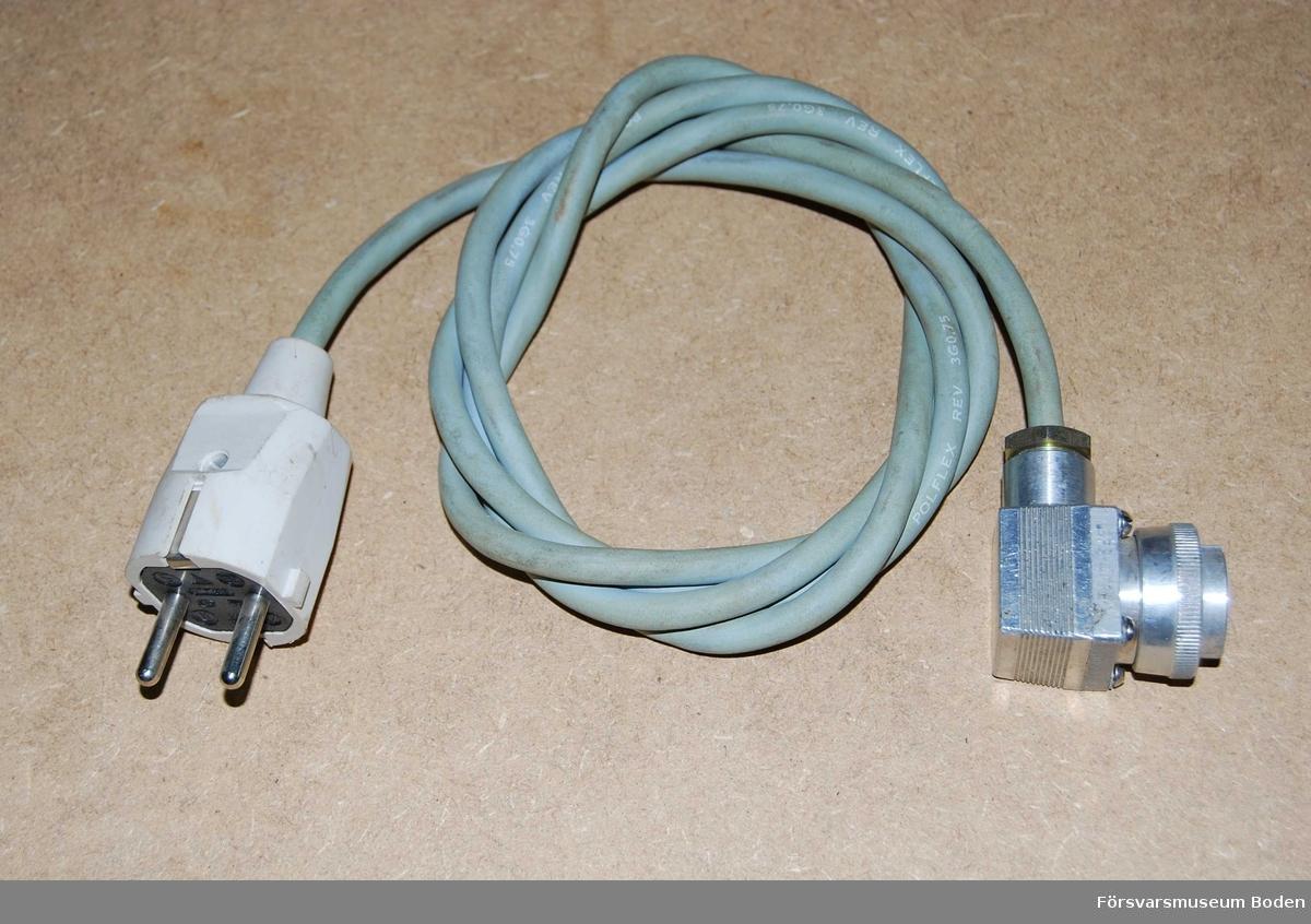 M2554-201119, Tc 37191. För anslutning av nätaggregatet till 220 V.