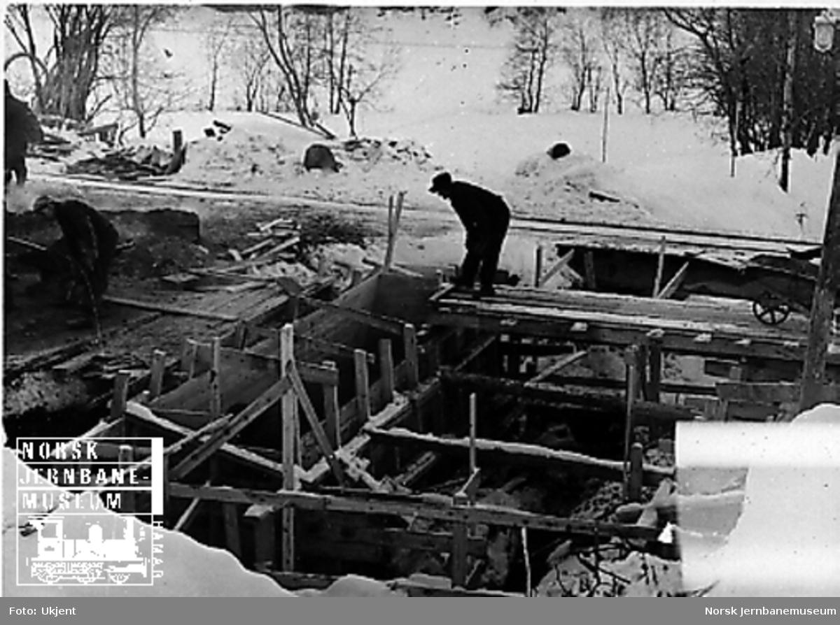 Anlegg av bru for Grytbekken i ny linje