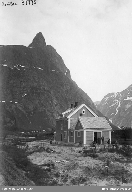 Romsdalshorn stasjonsbygning før banens åpning