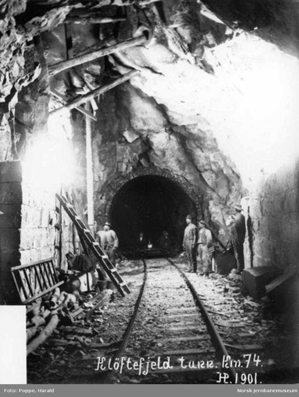 Utvidelse og utmuring av Kløftefjell tunnel under Vossebanens ombygging til bredt spor