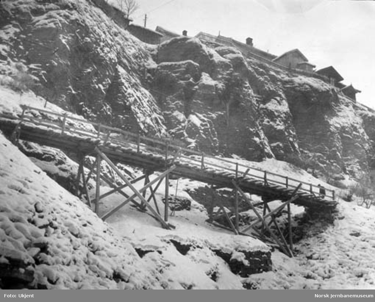 Bratsbergbanen, baneanlegget i Gampedalen