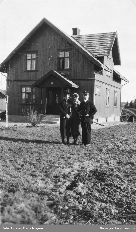 Telegrafist Frank M. Larsen på Kråkstad stasjon