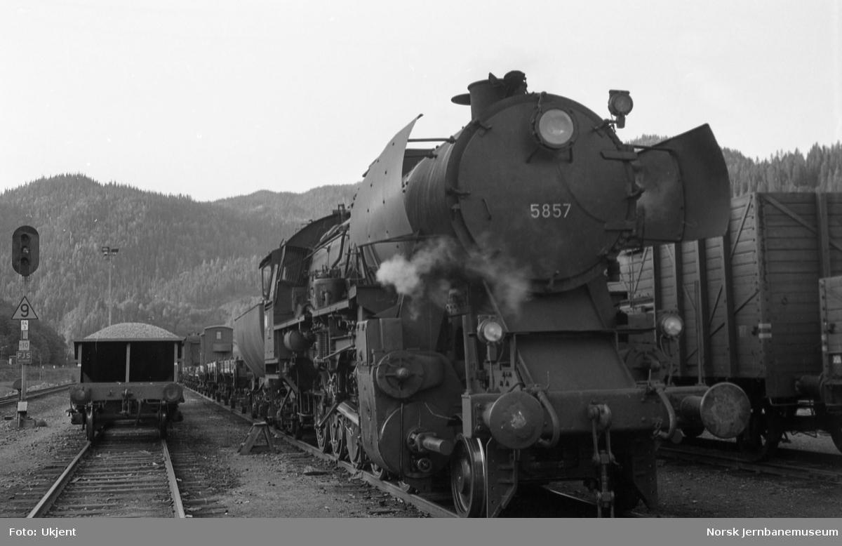 Damplokomotiv type 63a nr 5857