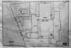 Plantegninger, fra 1925, fra arkitektene Bjercke og Eliassen. Utkast til nye museumsbygninger. Situasjonsplan.