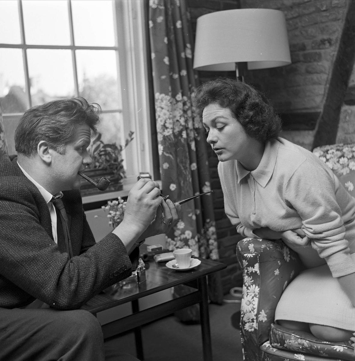 Oslo, mai 1962, Hilde Brenni, skuespiller, fra hjemmet i Damstredet.