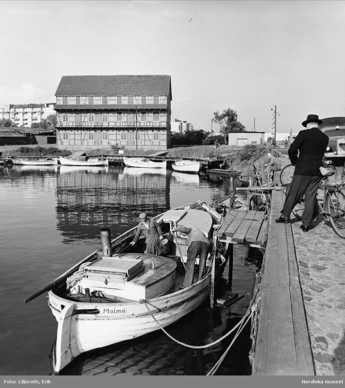 Malmö. Inre delen av Citadellshamnen norr om Malmöhus