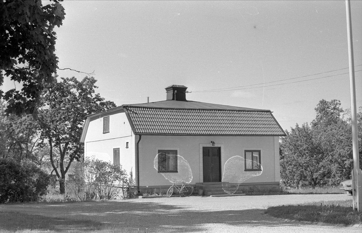 Flygel, Lövsta gård, Funbo socken, Uppland 1977