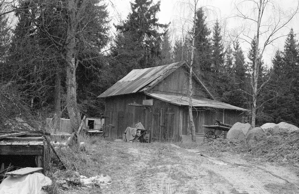 Traktorgarage, Nydal, Hagby-Forsa 2:5, Hagby socken, Uppland 1985