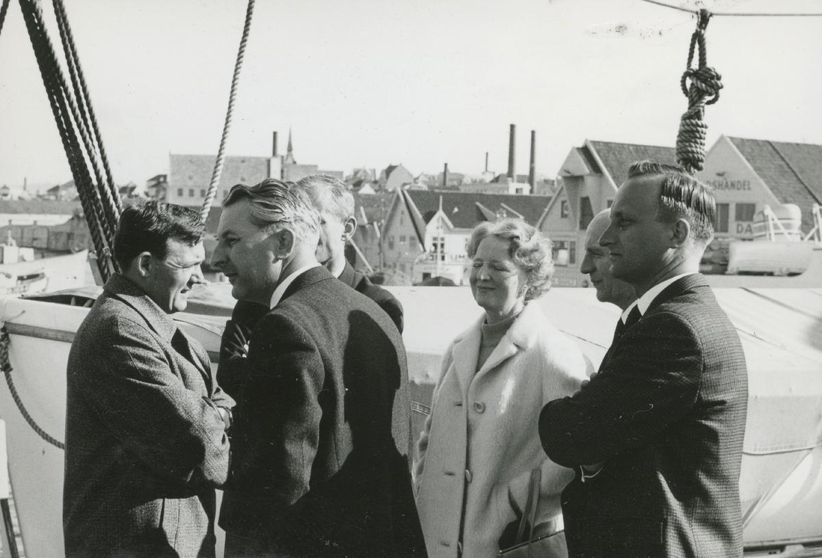 Polaris AS - Engelsk salgskonferanse 1966, På veien til Prekestolhytta