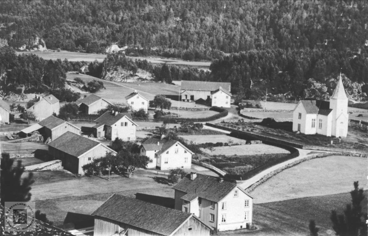 Øyslebøgarden aust, Øyslebø.