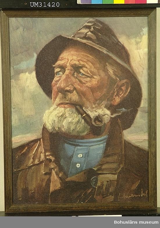 Porträtt av fiskargubbe i sydväst och pipa.