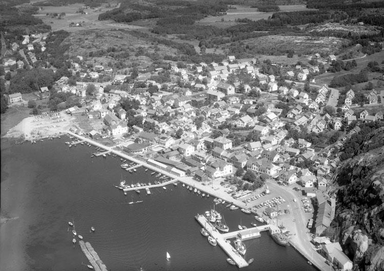 """Enligt AB Flygtrafik Bengtsfors: """"Grebbestad Bohuslän""""."""