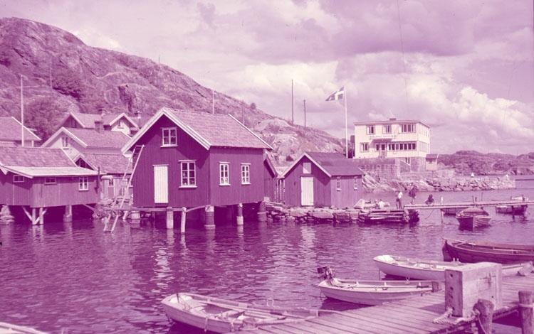 Rågårdsvik med pensionat Havsviken.