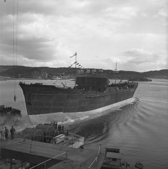Dop och sjösättning av fartyget 161 M/T Maridal.