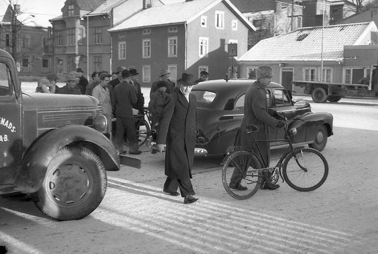 "Enligt notering: ""Polisbilen Kollision 23/12 1947""."