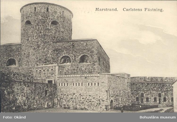 """Tryckt text på kortet: """"Marstrand. Carlstens Fästning."""" """"Otto Svensson, Marstrand."""""""