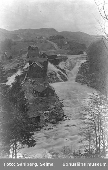 """Enligt medföljande noteringar: """"Plåt äfter gammal sedan 1870-75. Smedbruket Munkedal."""""""