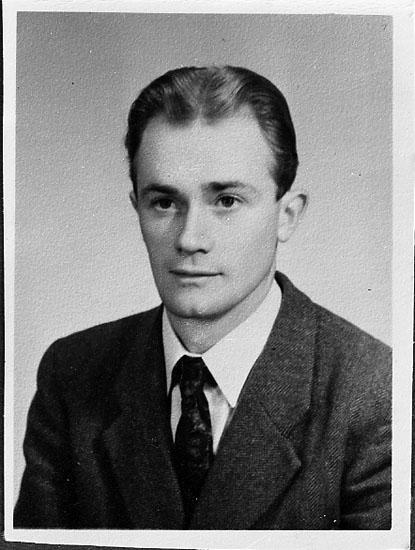 """Enligt fotografens journal nr 8 1951-1957: """"Hansson, Herr Rune S. Järnväg Här kopia""""."""