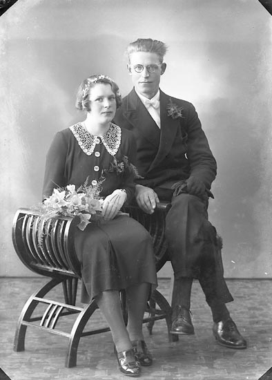 "Enligt fotografens journal nr 6 1930-1943: ""Olofsson, Svante Ramsvik Lyse""."