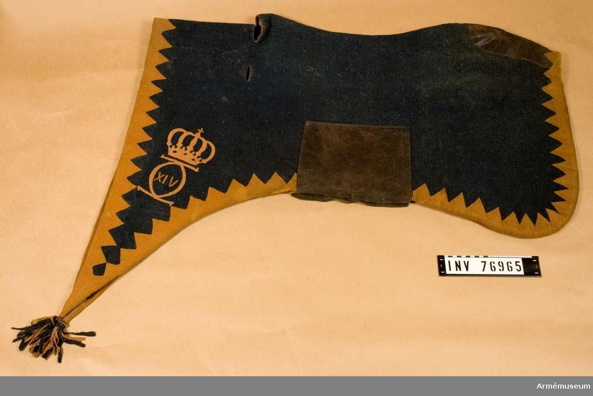 Grupp: K I. Land: S. Ryavävnad med Karl XIV Johans namnchiffer.