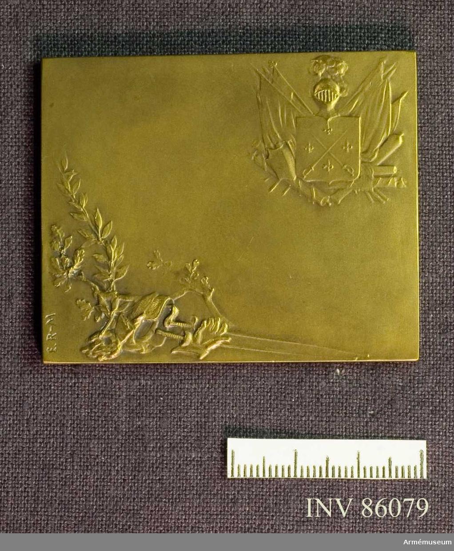 Grupp M II. Bronsplakett utförd av E.Robert Mérignac. La lecon d´armes.