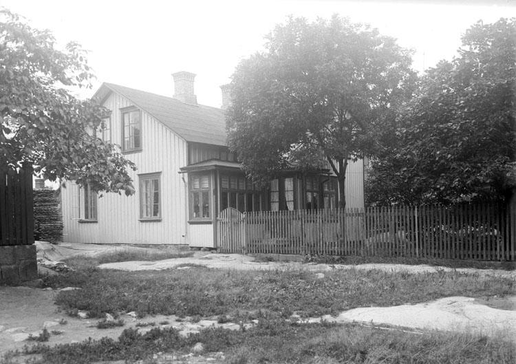 Fotograf Dan Samuelssons föräldrarhem 1924