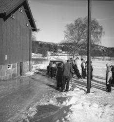 """Text till bilden: """"Fältsport. Promenad. Häggvall-Torgestad-A"""