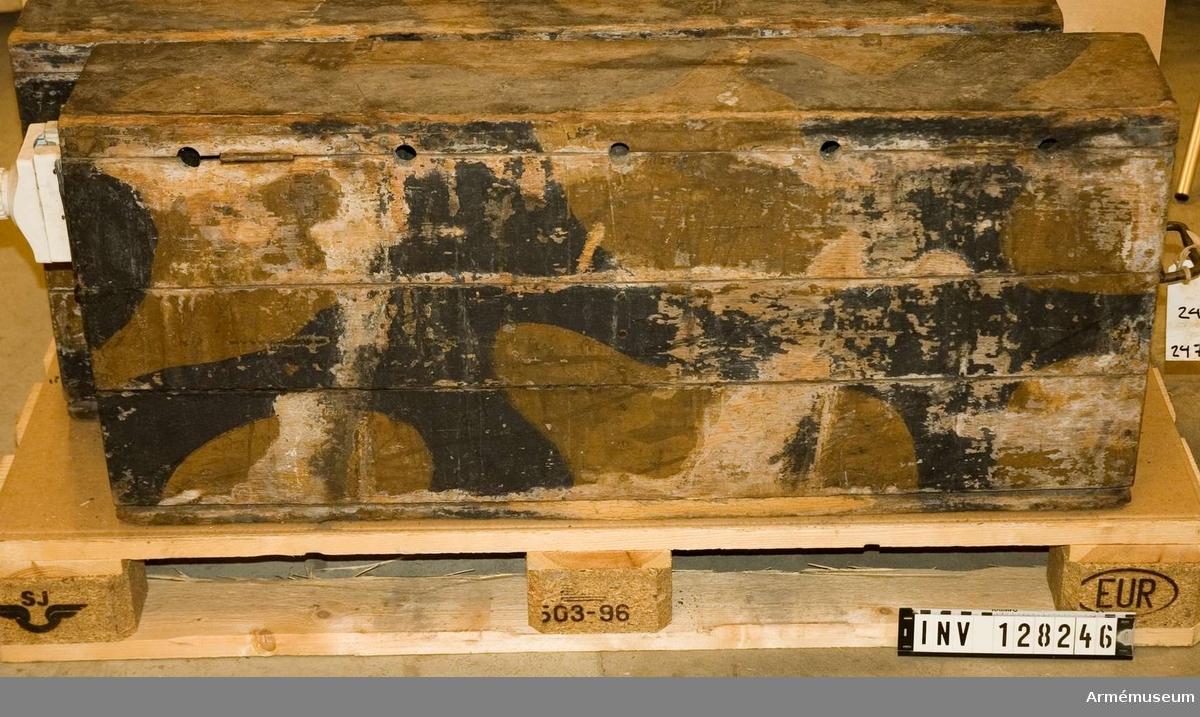 Ack låda Nife 20 v kamoflagemålad, t ci m/1933.
