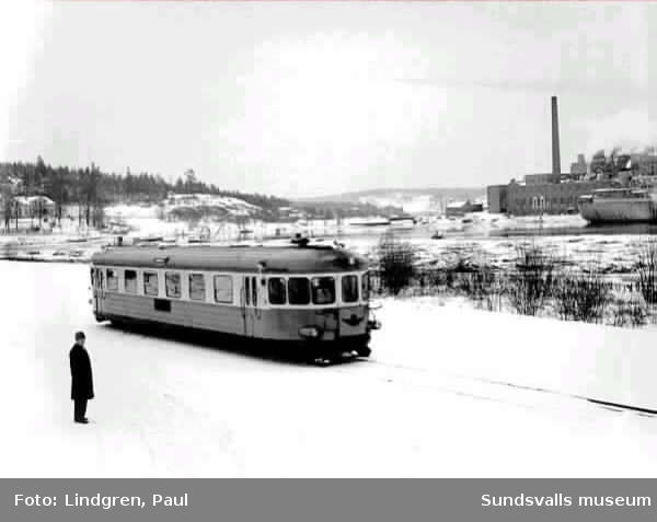 Ortvikenbanan invigs 29 dec 1959.