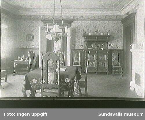 Matsal i ett av husen vid Storgatan.