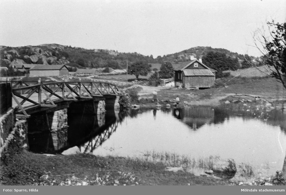 Stensjöbrygga i Gunnebo, Mölndal. Juli 1894.