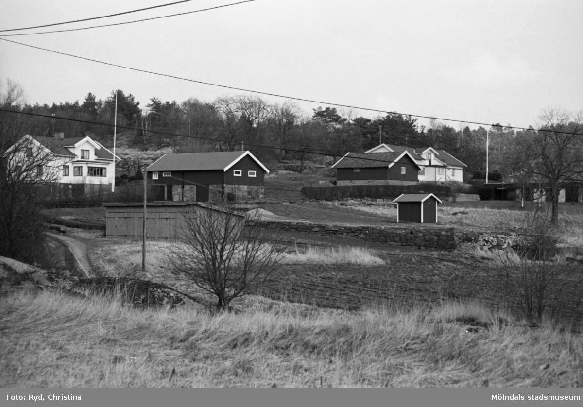 Eklanda i Mölndal år 1991. Motorgården, f.d Arnegården.