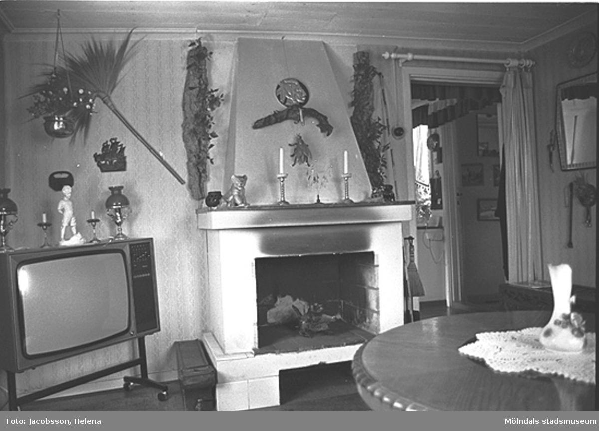 Interiör i bostadshus på Roten M 32 i Mölndals Kvarnby, 1972.