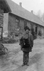 Carl Sture Malmgren, lantbrevbärare på linjen Klippan - Övad