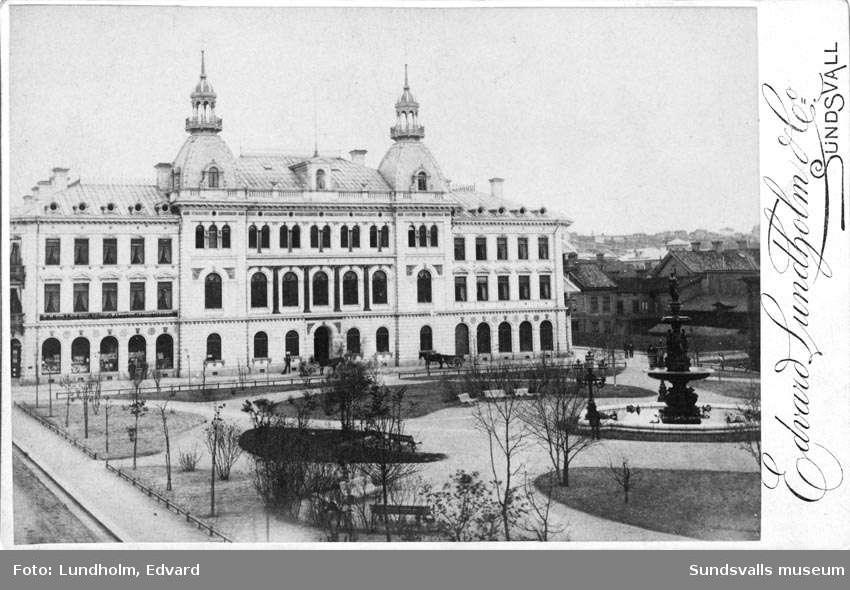 Enskilda Banken vid Vängåvan före stadsbranden 1888.