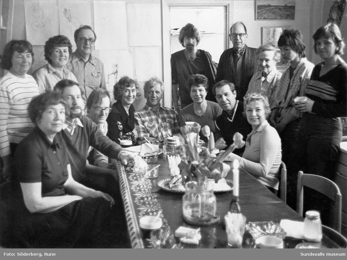 Medlemmar i föreningen Kollektivverkstaden i Sundsvall.
